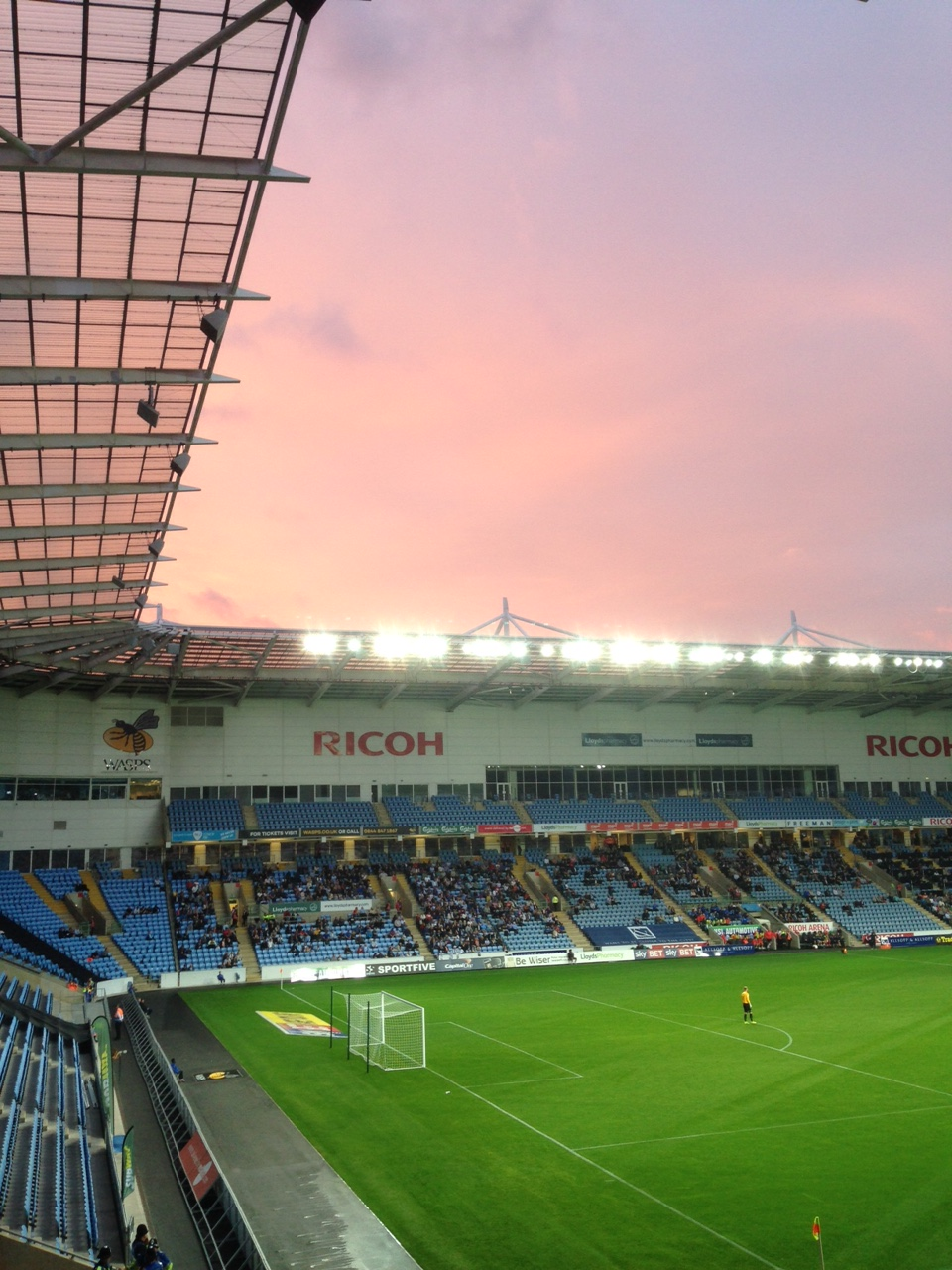 Ethereal Conditions at the Ricoh